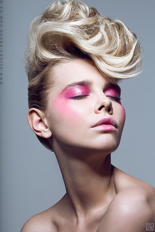 модный макияж, яркий макияж глаз, цветные тени, макияж весна-лето 2013, тренд сезона в макияже, модные тенденции в макияже, розовые тени, макияж для блондинок