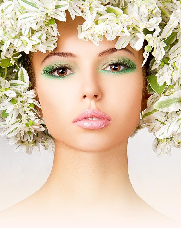модный макияж, яркий макияж глаз, цветные тени, макияж весна-лето 2013, тренд сезона в макияже, модные тенденции в макияже, зеленые тени